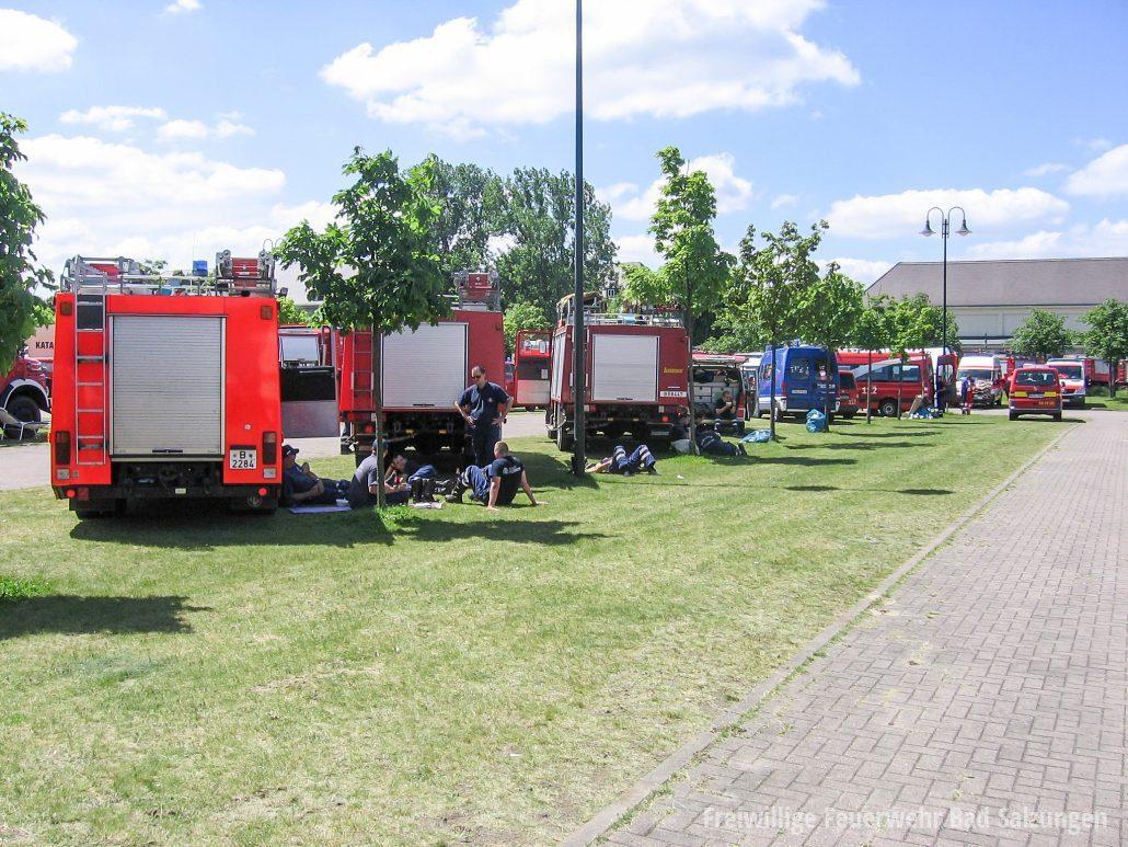 Einsatzzug-1-Hochwasser-Magdeburg