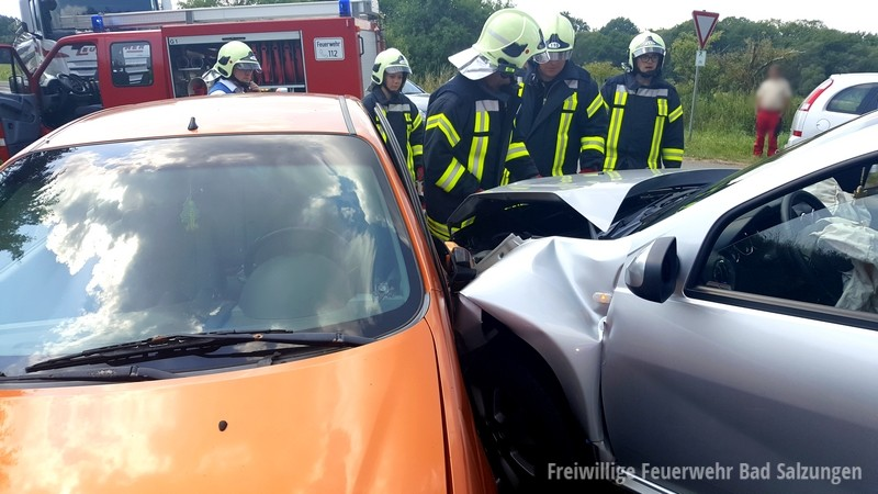 Verkehrsunfall B 285, Langenfeld Richtung Urnshausen